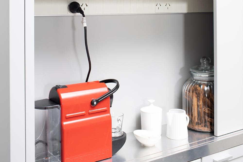 Mueble de cocina para guardado en laca semimate gris linea Neo