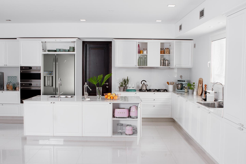 Diseño de cocina moderna blanca total white clasica moderna linea Vita